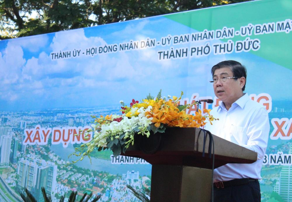 Chủ tịch UBND TPHCM Nguyễn Thành Phong mong muốn TP. Thủ Đức kiên trì mục tiêu không đổi môi trường lấy tăng trưởng kinh tế.