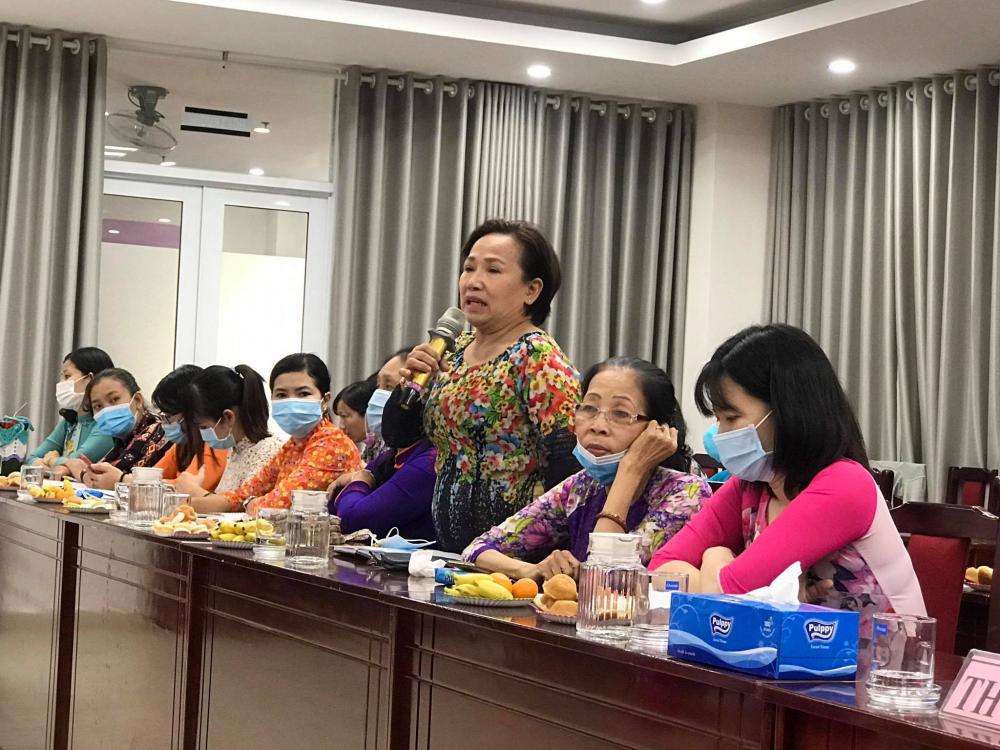 Các dì chị đã thẳng thắn trao đổi về những thuận lợi và khó khăn trong xây dựng tổ chức Hội