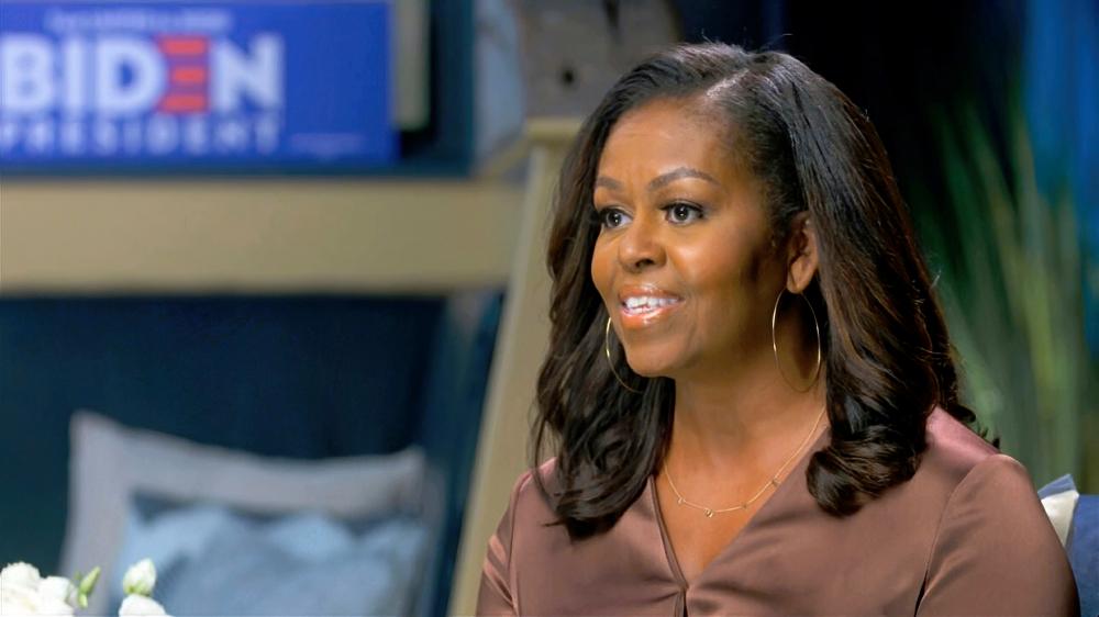 Cựu đệ nhất phu nhân Michelle Obama, cùng nữ cầu thủ bóng đá Mia Hamm và chuẩn tướng Rebecca Halstead, lọt vào danh sách 9 phụ nữ Mỹ được NWHF vinh danh năm 2021 - Ảnh: AP