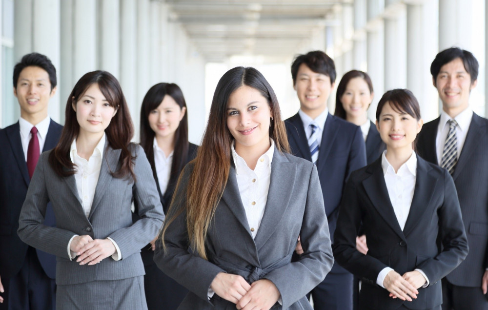 cơ hội để lao động nữ Nhật chiếm giữ các vị trí lãnh đạo cấp cao vẫn còn hạn chế
