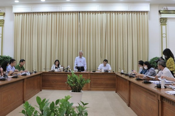 Phó chủ tịch UBND TPHCM Võ Văn Hoan chủ trì cuộc họp sáng 9/3