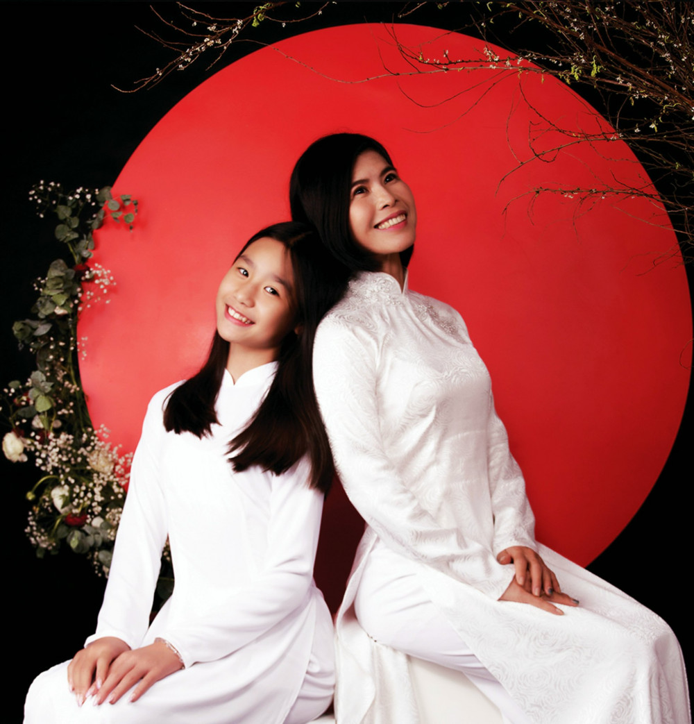 chị Anie Khanh (mẹ bé Rosy Tuyết Anh)