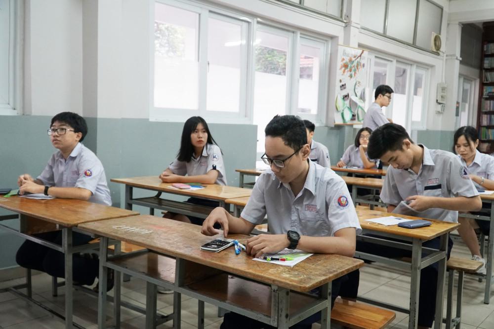 Thí sinh TP.HCM thi tuyển sinh lớp Mười năm 2020 - Ảnh: Tam Nguyên