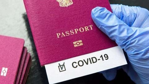 Theo quy định hiện hành, những trường hợp từ nước ngoài về có hộ chiếu vắc xin vẫn phải cách ly 14 ngày và lấy 2 lần xét nghiệm như bình thường.