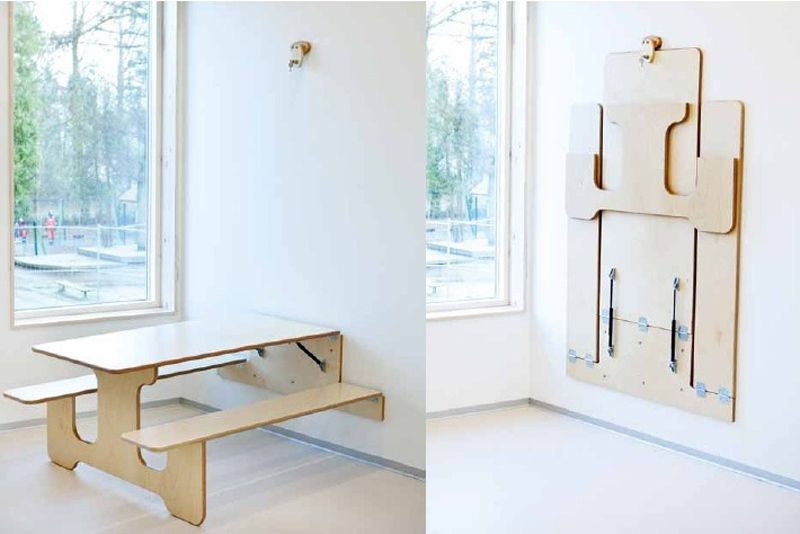 Hình 10. Bộ bàn ăn bằng ván ép có thể được gắn vào tường khi không cần dùng đến - một ý tưởng tuyệt vời cho không gian nhỏ.