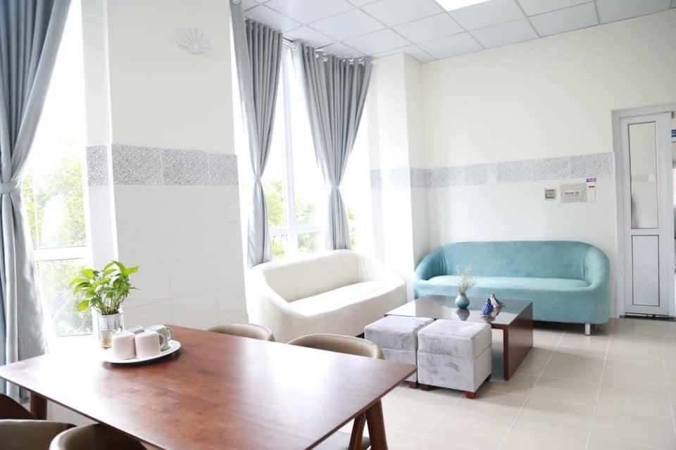 Phòng Deluxe của Bệnh viện Từ Dũ ở khu N. có giá 4 triệu/phòng/ngày