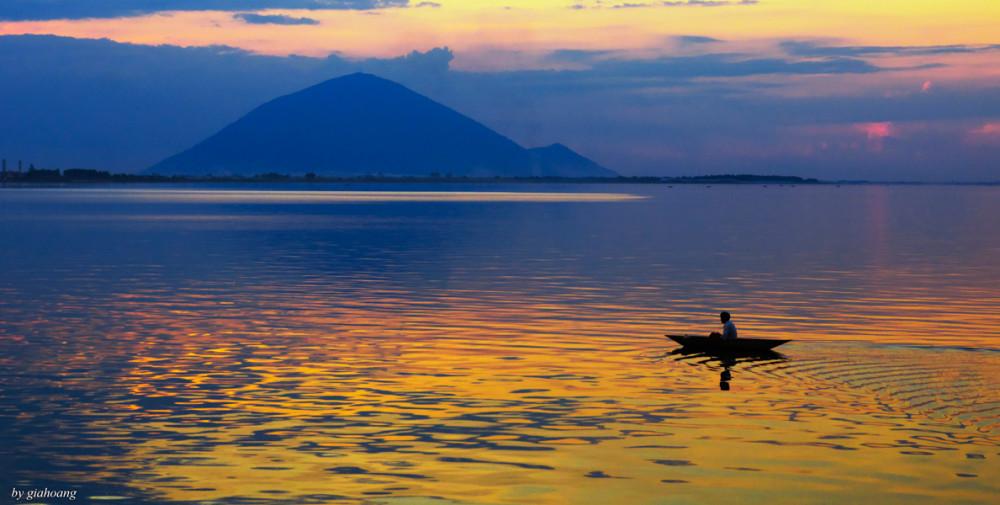 Hồ Dầu Tiếng nằm trong top hồ nhân tạo lớn nhất nhì Việt Nam