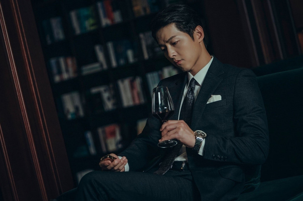 Hình tượng Song Joong Ki trong bộ phim Vincenzo.