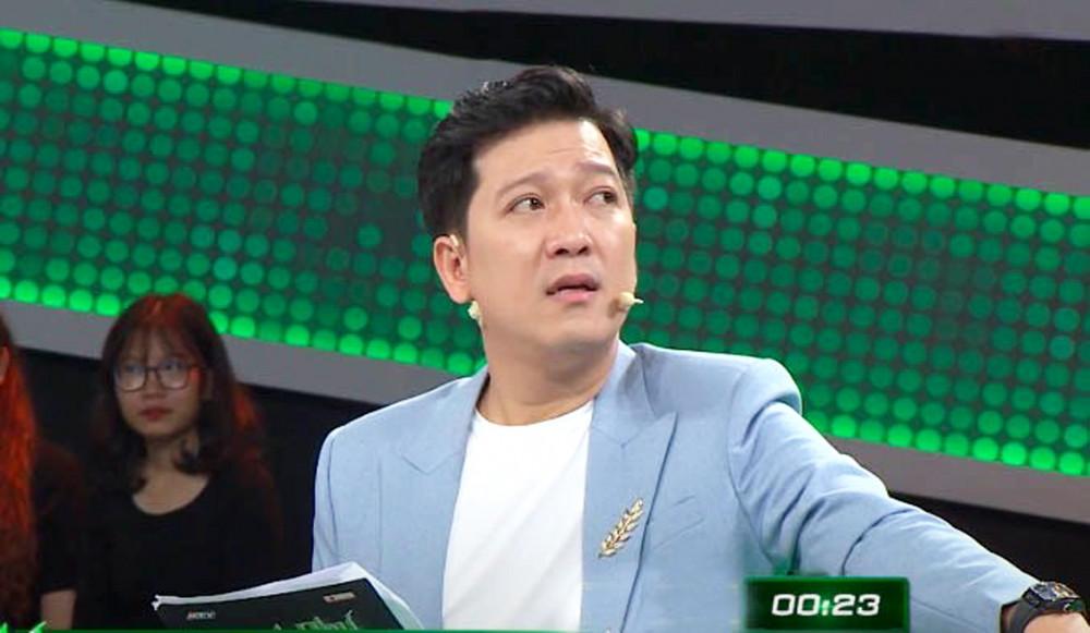 Trường Giang nhiều lần bị dư luận chỉ trích khi làm MC các chương trình game show