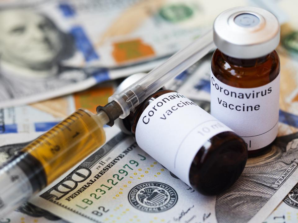 """nhiều nhóm tội phạm có tổ chức đang tìm cách khai thác những điểm yếu trong chuỗi cung ứng vắc-xin toàn cầu, thúc đẩy """"đại dịch tội phạm song song"""" nhằm tạo ra hàng tỷ USD lợi nhuận bất hợp pháp"""