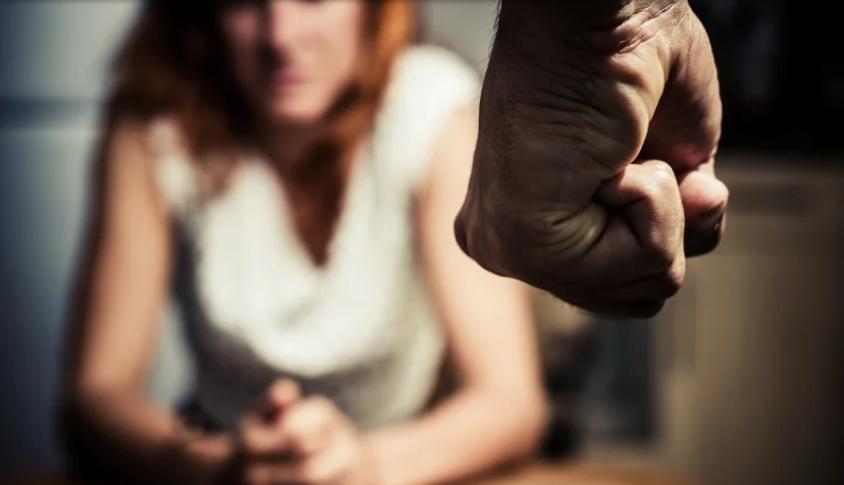 chênh lệch về thu nhập của một cặp vợ chồng là nguyên nhân dẫn đến tình trạng bạo hành gia đình