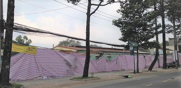 UBND quận 10 cảnh báo việc quảng cáo, kinh doanh đất nền trên khu đất xây trụ sở Đội Cảnh sát PCCC và Cứu nạn cứu hộ quận 10