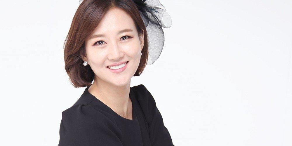 Jang Yoon-jung hơn 10 năm bị mẹ và em trai lợi dụng.