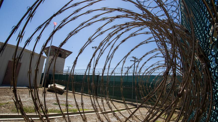 Mỹ đóng cửa đơn vị nhà tù khét tiếng vịnh Guantanamo.