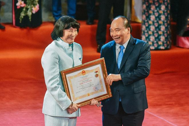 NSND Minh Vương nhiều lần trầy trật vì vướng quy định huy chương để được xét danh hiệu NSND
