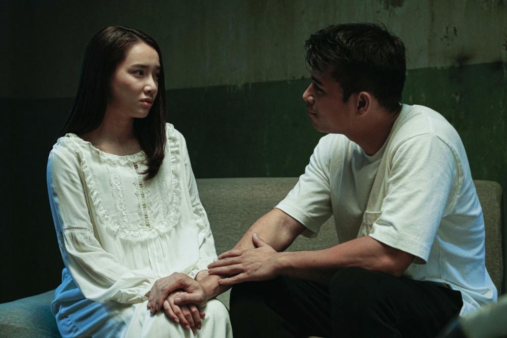Nhã Phương và Trương Thế Vinh trên phim.