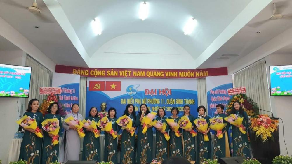 Tái đắc cử chức chủ tịch Hội LHPN P.11, bà Cao Thị Hiền cùng BCH nhiệm kỳ mới ra mắt đại hội