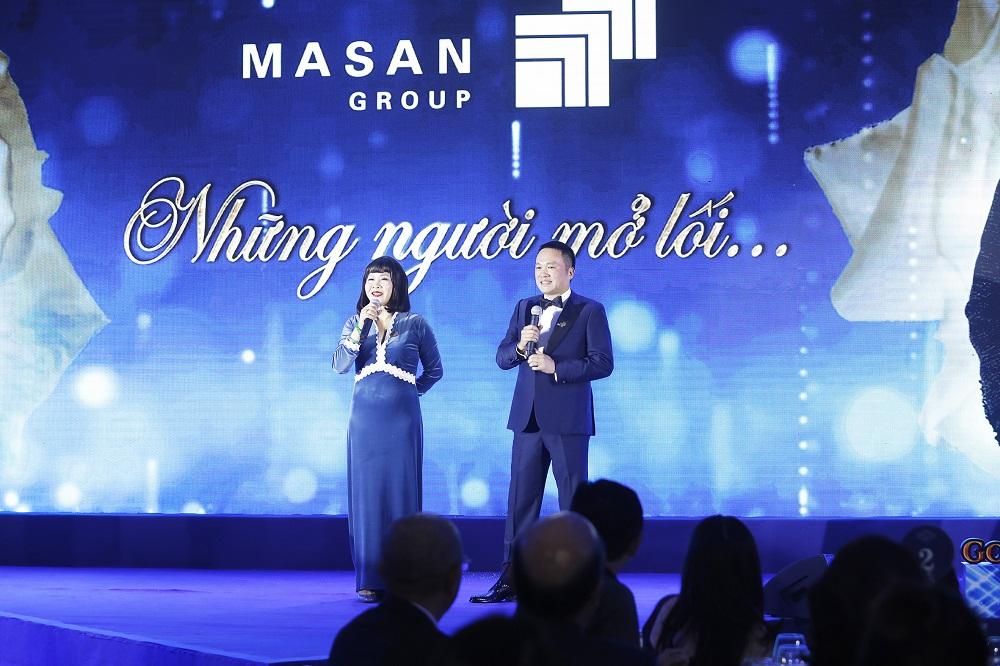 Bà Nguyễn Hoàng Yến - thành viên HĐQT Tập đoàn Masan và ông Hồ Hùng Anh - Chủ tịch Ngân hàng TMCP Techcombank tại lễ kỷ niệm. Ảnh: Masan