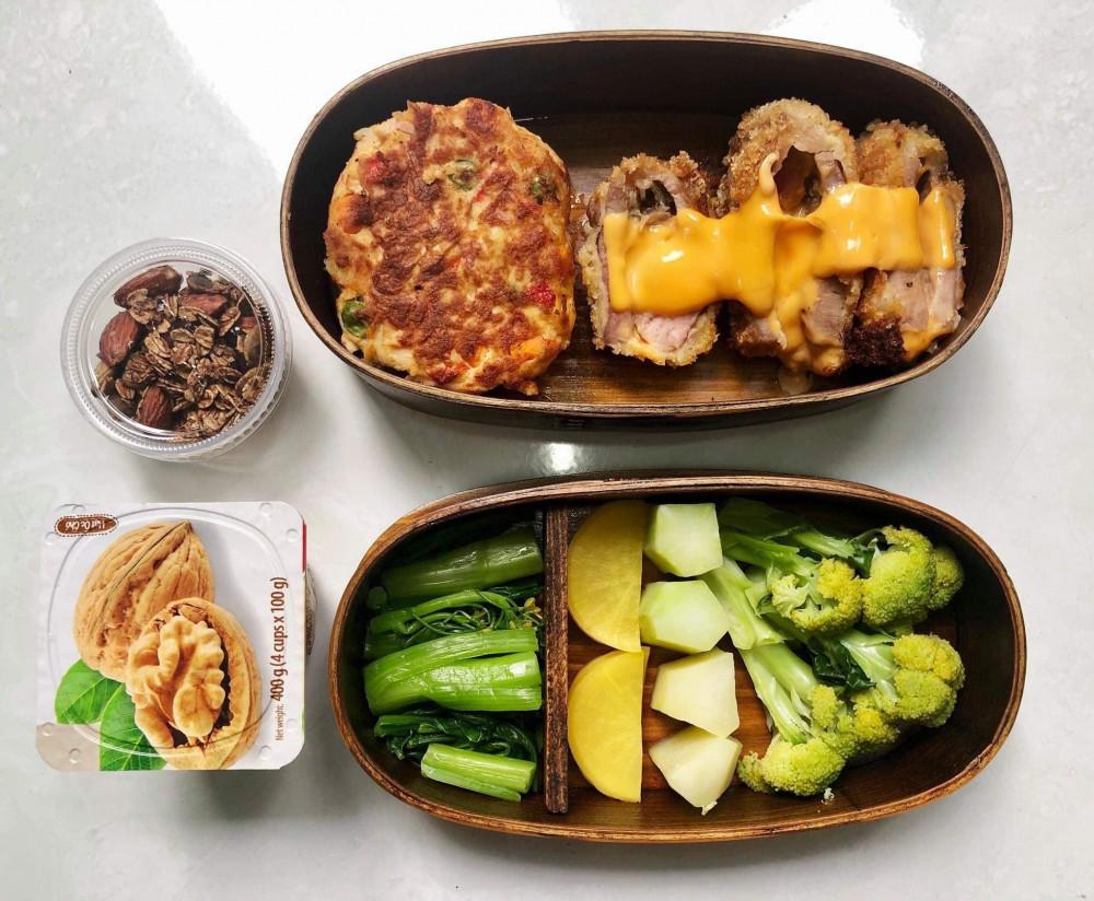 Đây là một trong số những hộp cơm bento ăn cả tuần không lặp anh Việt vẫn làm cho vợ mang theo đến cơ quan ăn trưa (Ảnh nhân vật cung cấp)