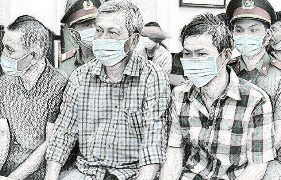 Trịnh Sướng và các bị cáo bên trong phòng xử