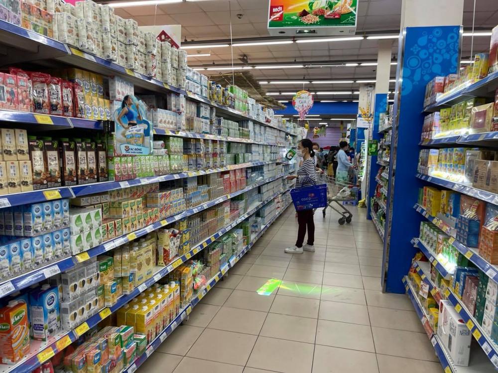 Sữa là một trong 4 nhóm hàng được bình ổn thị trường.