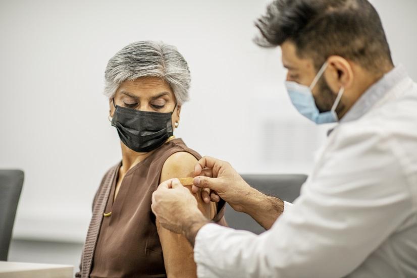 Nestlé ủng hộ tiếp cận công bằng với vắc-xin COVID-19 thông qua cơ chế COVAX. Ảnh: Nestlé