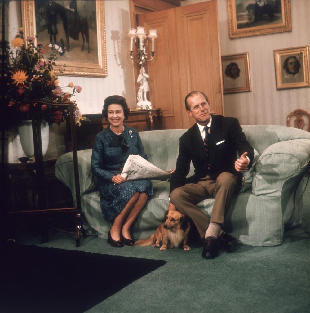 Trải qua không ít những bất đồng và khó khăn ban đầu, Hoàng thân Philip đã tìm ra con đường, tạo dựng di sản của riêng mình nhưng vẫn kiên định ủng hộ vợ.