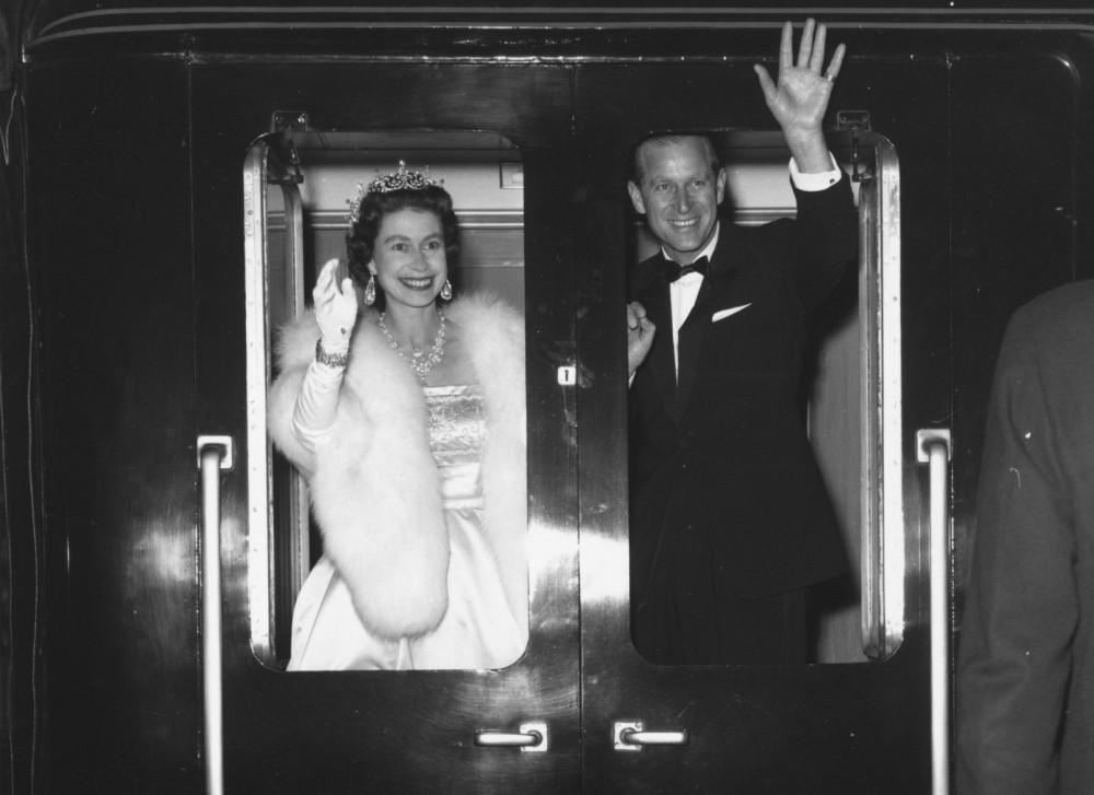 Trở thành Hoàng thân, ông Philip từ một người đàn ông kiêu hãnh, trượng phu buộc phải có sự nhún nhường nhất định trước vai trò của vợ - Nữ hoàng Elizabeth II. Ông chấp nhận từ bỏ công việc Hải quân để phụ giúp vợ thực hiện các nhiệm vụ của Hoàng gia.