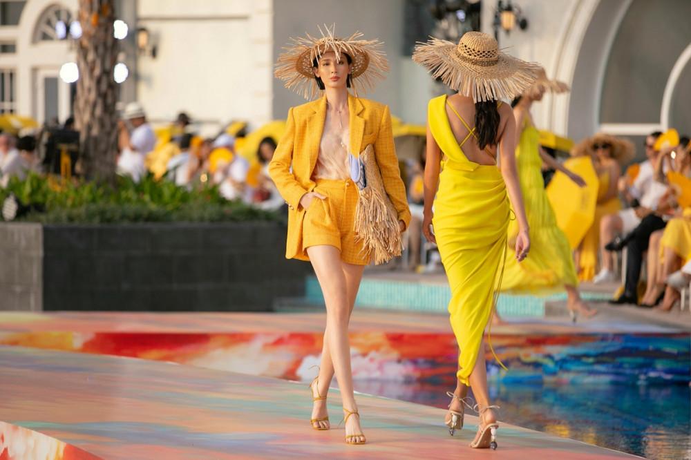 BST của NTK Lê Thanh Hoà được trình diễn trong một chương trình thời trang vào tháng 3 vừa qua tại Phú Quốc
