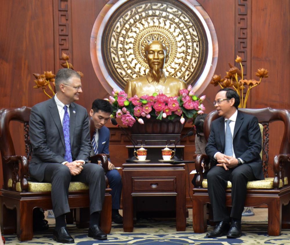 Bí thư Thành ủy TPHCM Nguyễn Văn Nên tiếp Đại sứ Hoa Kỳ tại Việt Nam Daniel J. Kritenbrink