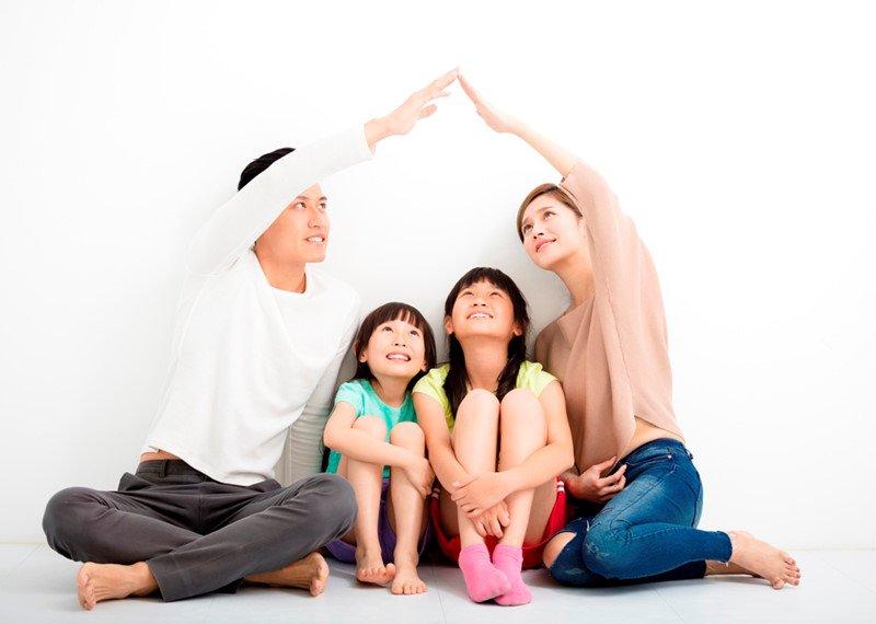 Cả ba lẫn mẹ đang tìm cách sửa chữa sai lầm của mình. Ảnh minh họa