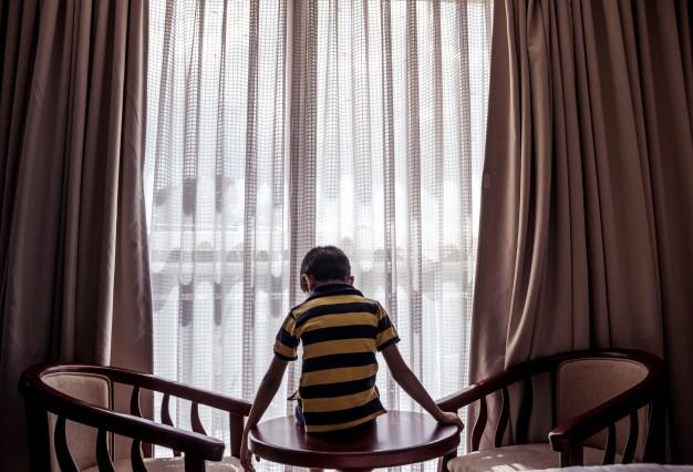 Có ai biết đứa trẻ - nạn nhân của việc giành con - sẽ nghĩ gì?