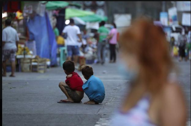 suy thoái kinh tế tồi tệ nhất trong 90 năm với khoảng 120 triệu người rơi vào cảnh nghèo cùng cực,