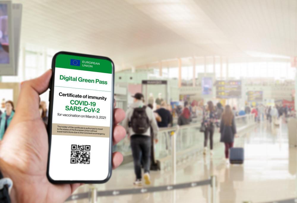 Các nước EU hy vọng thẻ thông hành chung sẽ giúp hồi sinh ngành du lịch trong khối vào mùa hè này