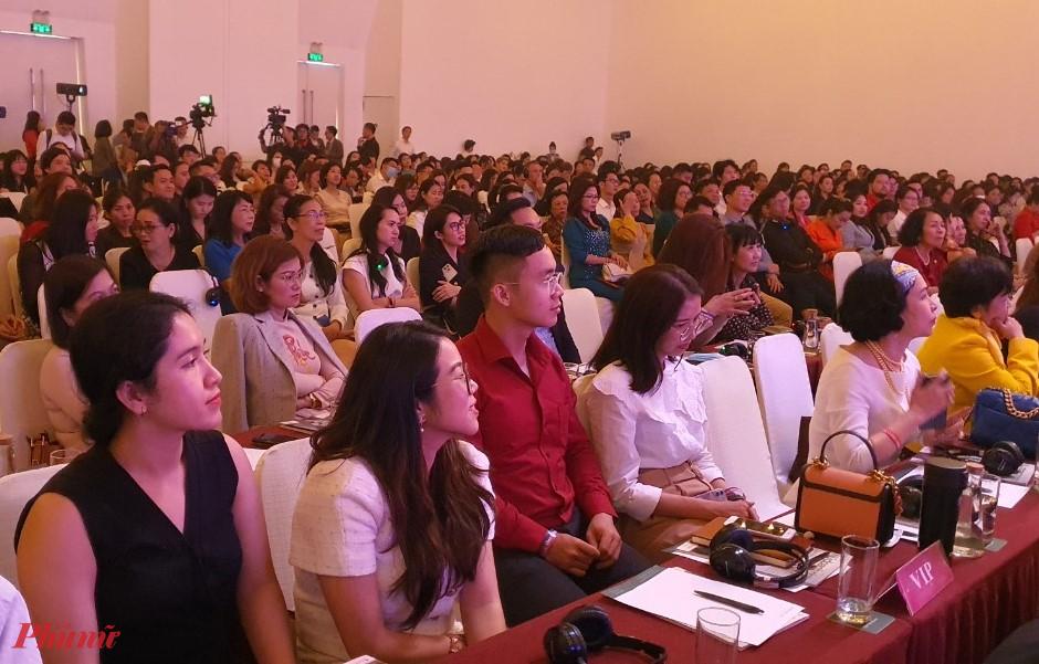 """iễn đàn HAWEE forum 2021 chủ đề lãnh đạo tạo đột phá: """"Ứng biến để vươn mình"""""""