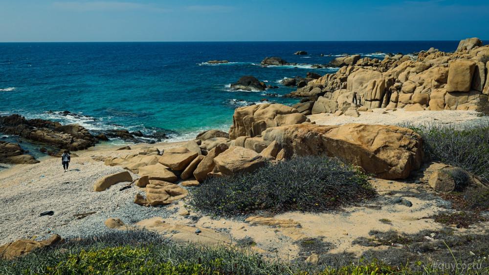 Tuy không được phép sinh sống, nhưng đảo đã cho phép du khách đến tham quan, khám phá.