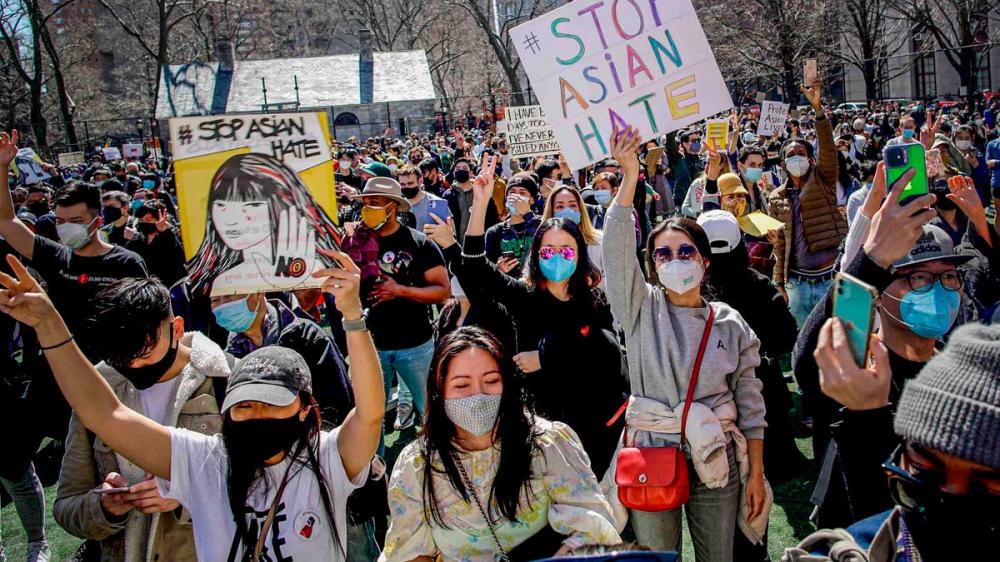 Làn sóng biểu tình chống tội ác thù hận người châu Á lan rộng tại nhiều thành phố lớn ở Mỹ - Ảnh: USA Today