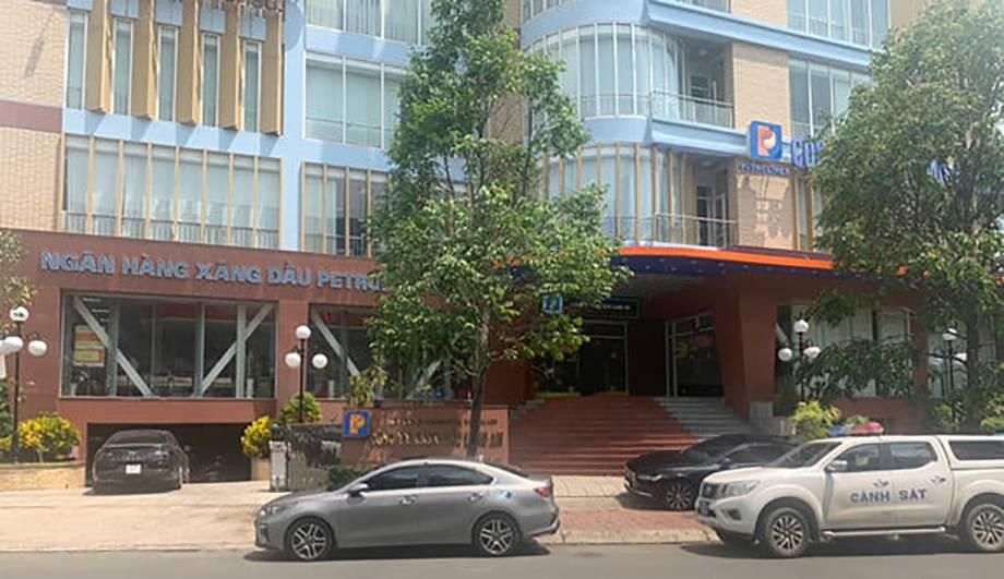 Trụ sở Petrolimex Long An ở P.2, Tân An, Long An - Ảnh: Tuổi trẻ