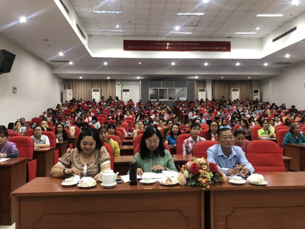 Thường trực Hội LHPN 24 quận huyện dự tập huấn về công tác bầu cử