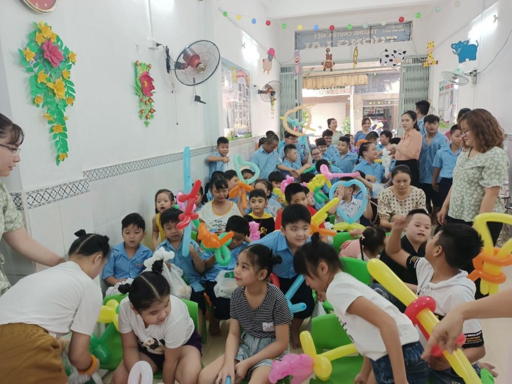 Các hoạt động vui chơi cho các em học sinh tại Trường Chuyên biệt Tương Lai Q.5.