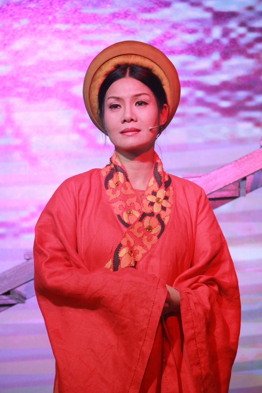 NSND Hoàng Yến