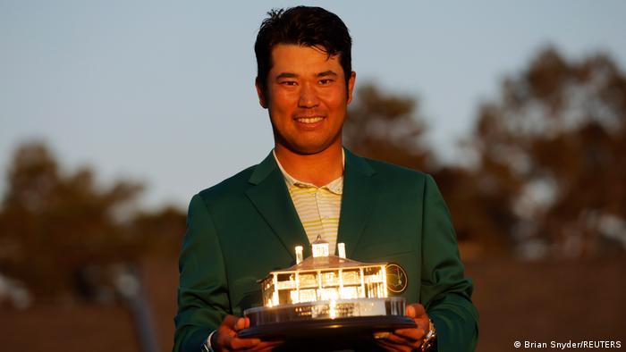 Hideki Matsuyama trở thành golf thủ Nhật Bản đầu tiên nhận cup vô địch giải Masters