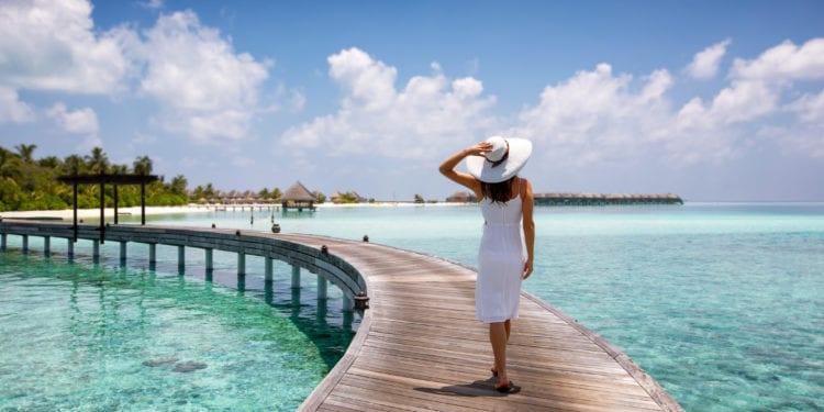 Du khách đến Maldives sẽ được tạo điều kiện để tự do tham quan, tiêm ngừa COVID-19 và nghỉ dưỡng - Ảnh: Getty Images