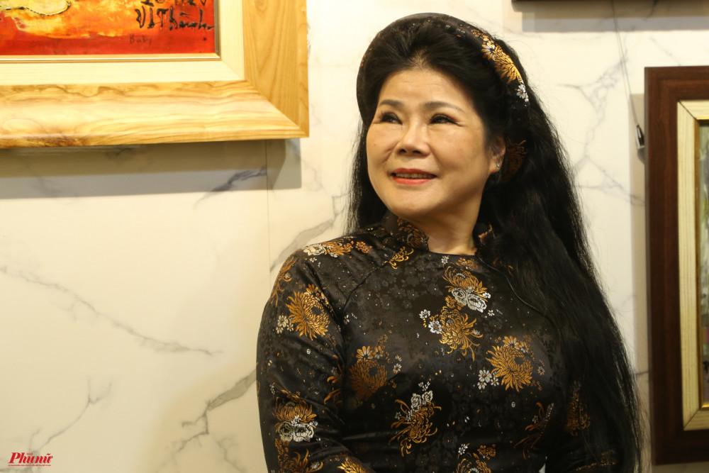 Hoạ sĩ Văn Dương Thành có mối thân tình với nhiều nghệ sĩ Việt các thời kỳ.