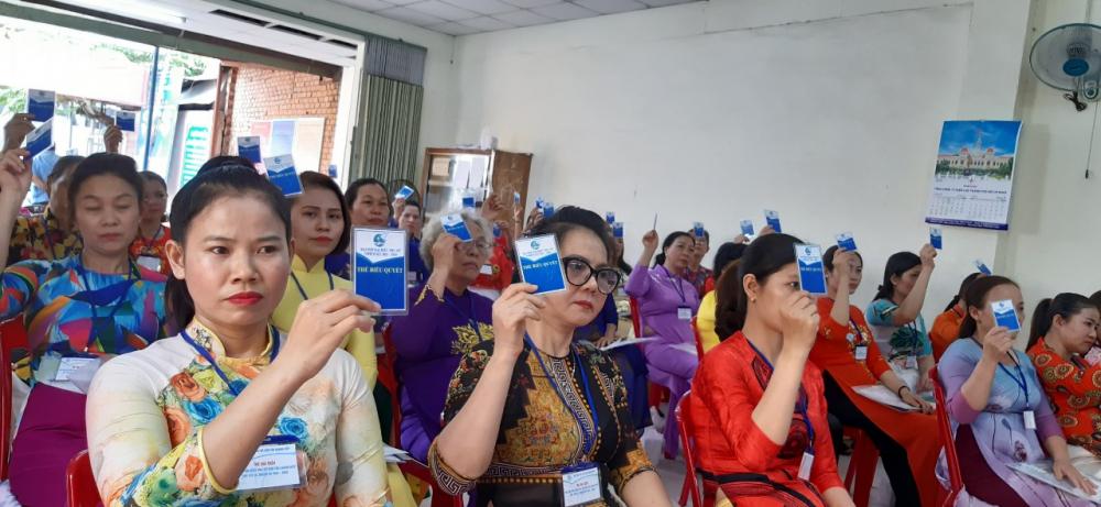 Hội Phụ nữ chợ Tân Chánh Hiệp, Q.13 hiện có 247 hội viên ( đạt tỷ lệ 100% nữ tiểu thương tham gia tổ chức Hội) sinh hoạt tại 13 tổ ngành hàng. Đây là đơn vị nhiều năm liền đạt danh hiệu xuất sắc trong phong trào phụ nữ Q.12.