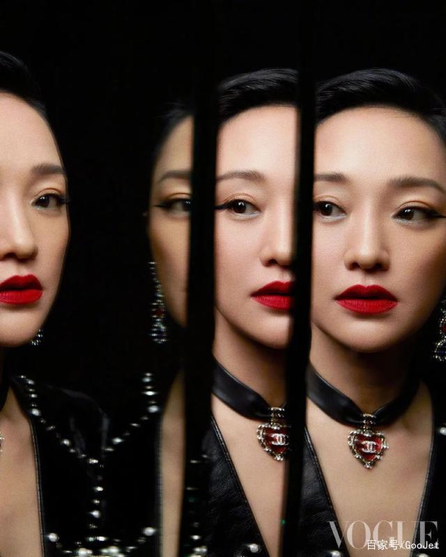 Lối trang điểm nhẹ và kiểu tóc đơn giản càng tôn lên sự nét đẹp cá tính, phóng khoáng của nữ diễn viên.