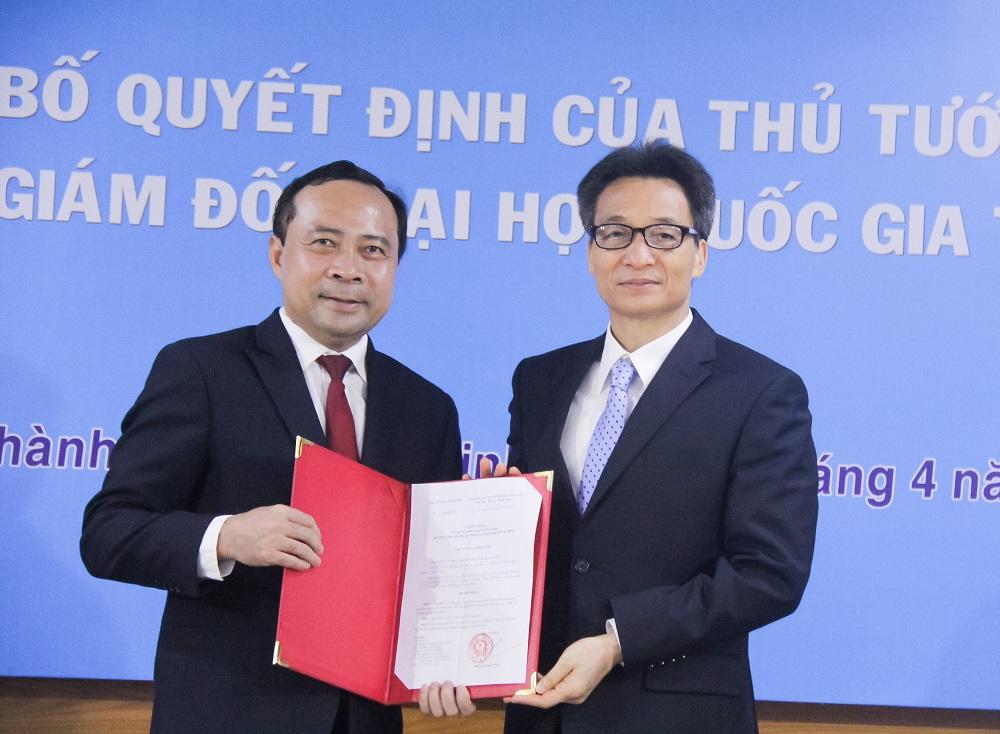 Phó Thủ tướng Vũ Đức Đam trao quyết định bổ nhiệm PGS.TS Vũ Hải Quân làm Giám đốc ĐH Quốc gia TPHCM