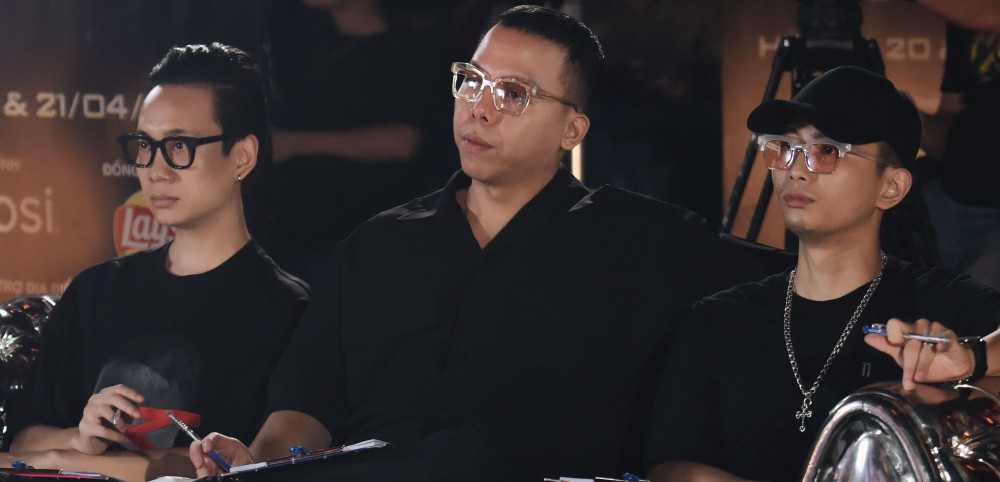 Hoàng Touliver và rapper Justa
