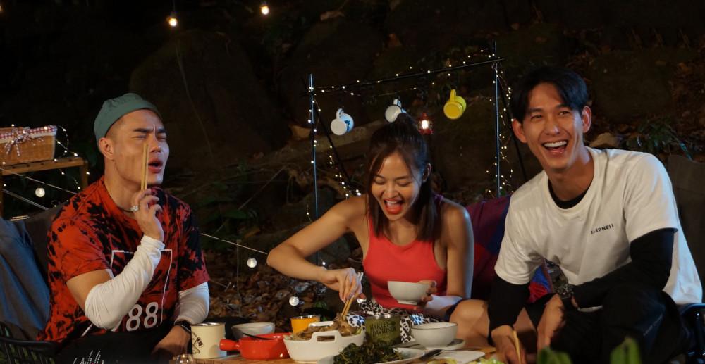 Lê Dương Bảo Lâm, Thuỳ Anh và Song Luân trong một tập của Ẩm thực kỳ thú