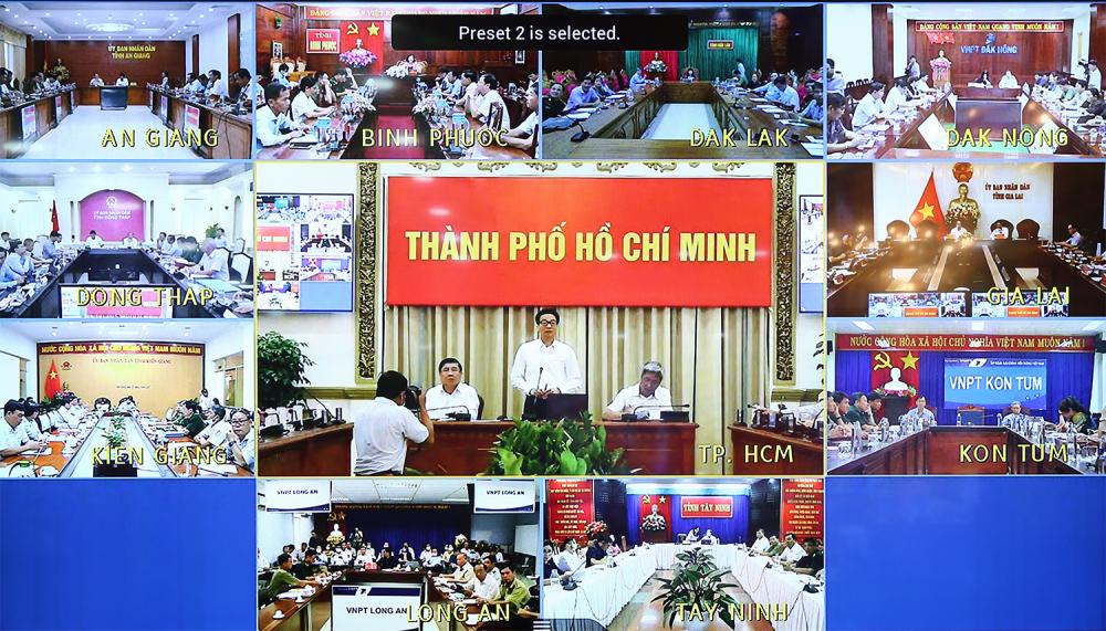 Cuộc họp trực tuyến với 10 tỉnh có biên giới với Campuchia